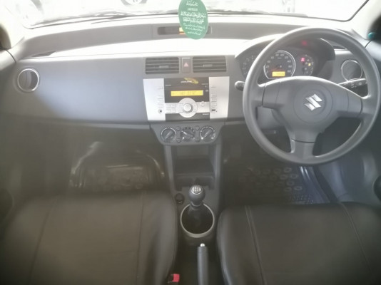 Suzuki Swift 1.3 DLX 2016