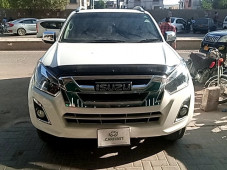 ISUZU D-MAX 3.0 V-CROSS 2020