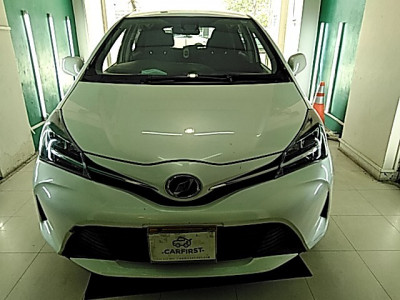 Toyota Vitz 1.0 F Push Start 2016